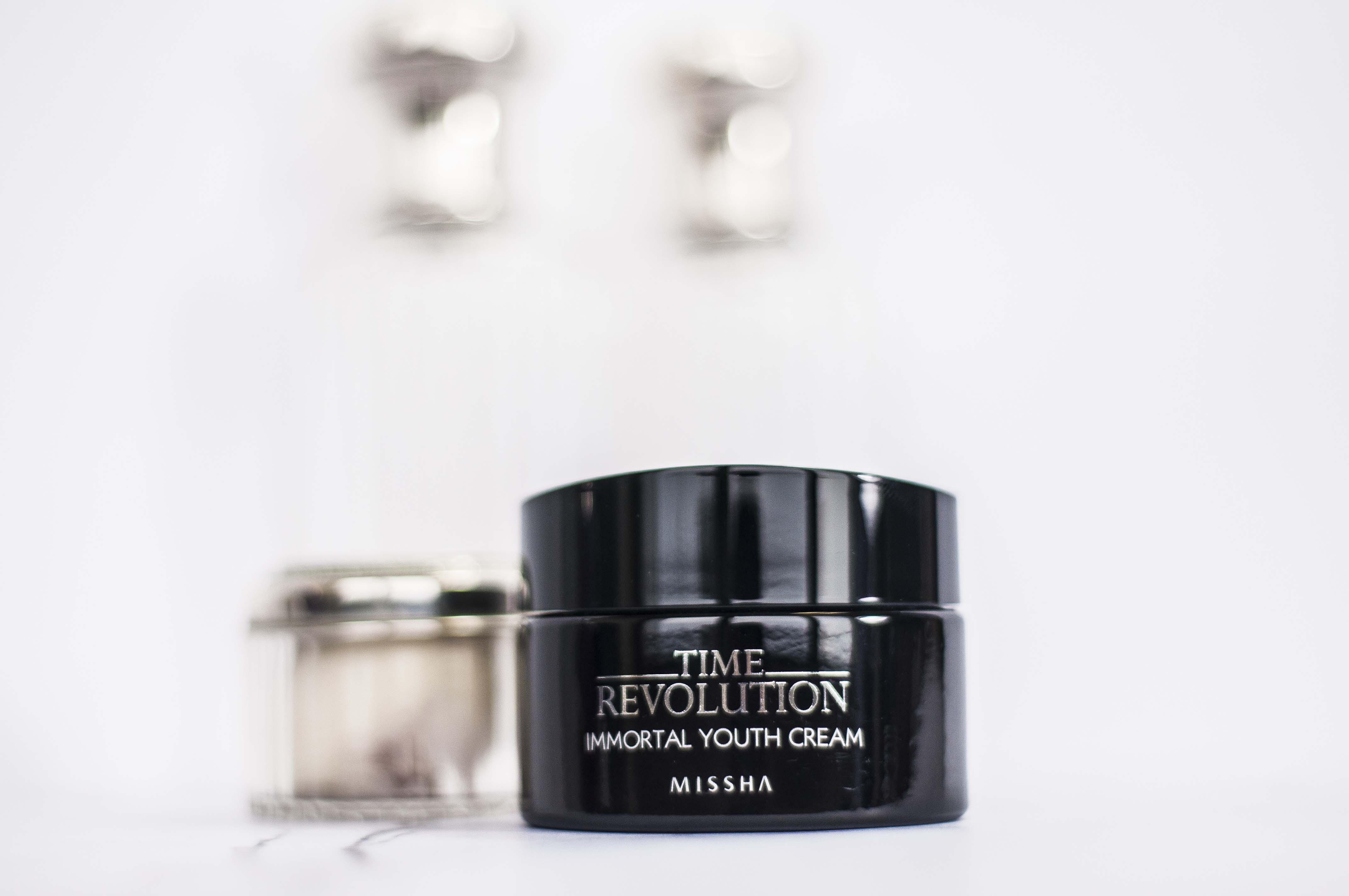 Missha Time Revolution Immortal Youth Cream Blueberry Cosmetics