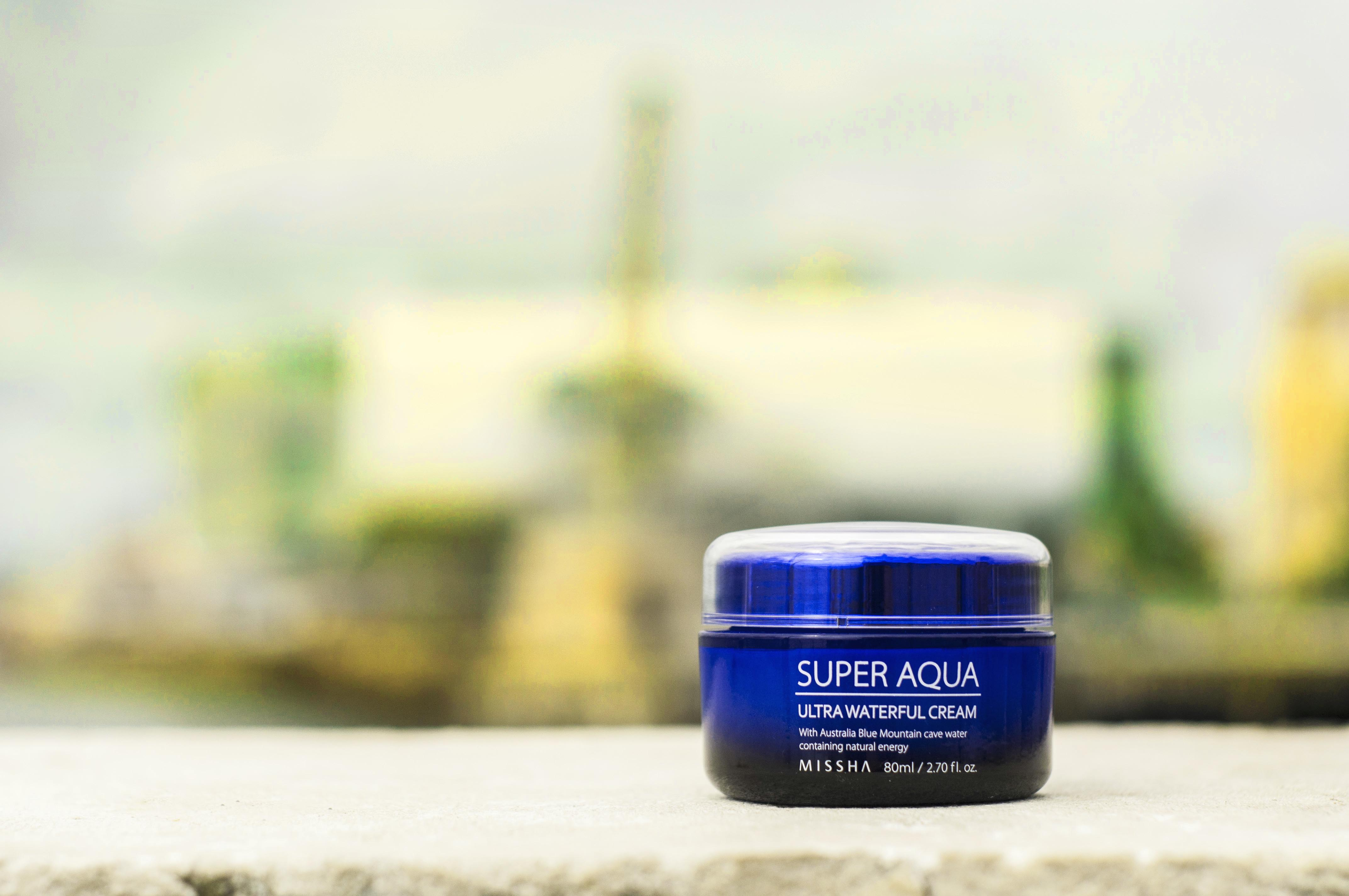 MISSHA-superaqua-cream-Blueberry Cosmetics tratar las manchas